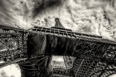 Eiffel Tower, Paris - 17920100628